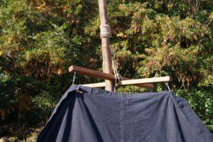 Pfadfinder von Sirius bauen ihre Kohte auf